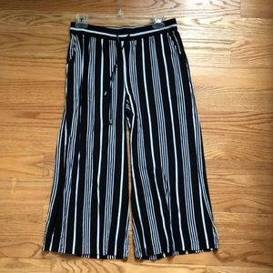 Black and white striped wide leg cropped pants
